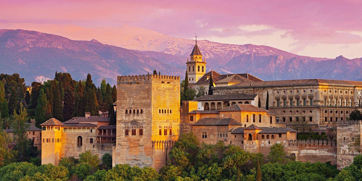 wycieczka objazdowa Baśnie z Alhambry