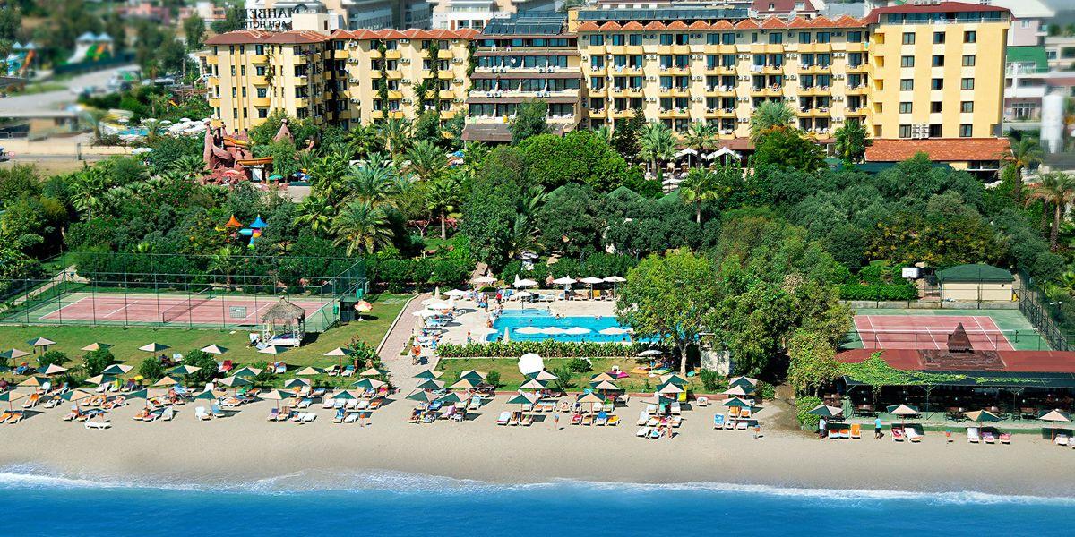 hotel M. C. Mahberi Beach