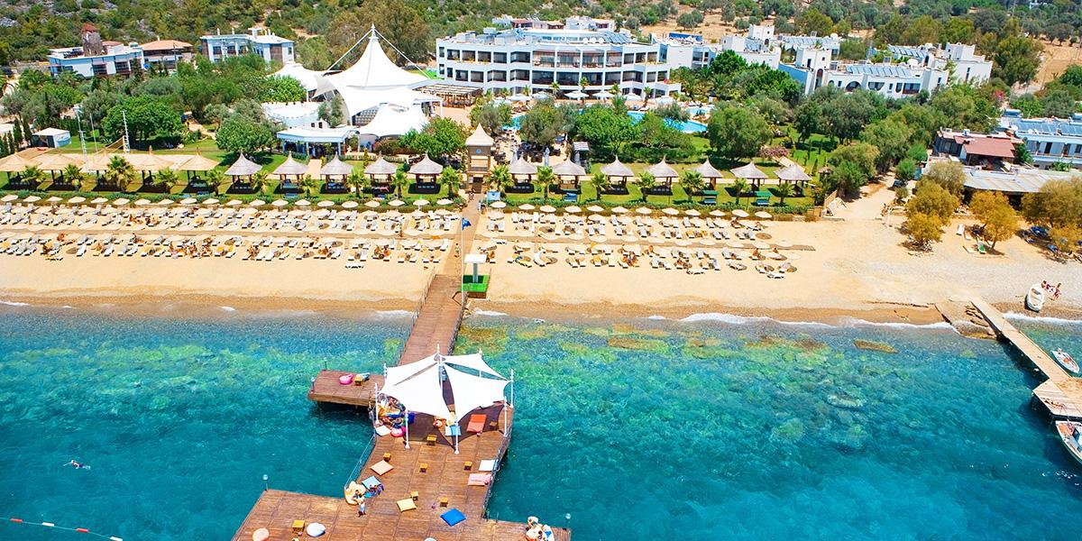 hotel Latanya Beach Resort