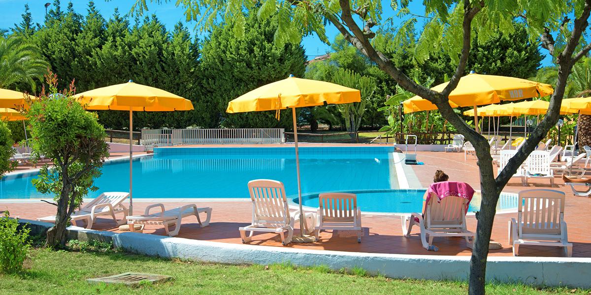 hotel Villaggio Baia Della Rochetta