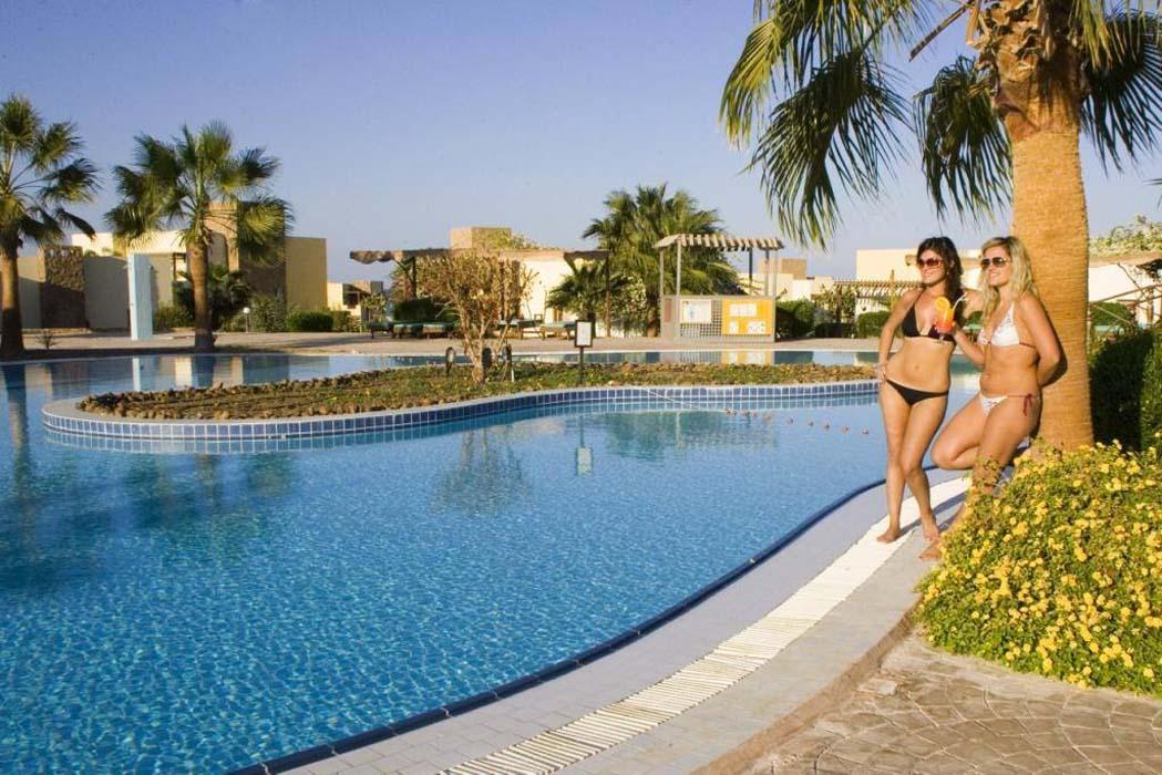 Best Western Solitaire Resort