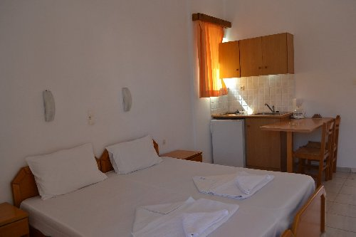 Alexandros Apartments (K) 3*