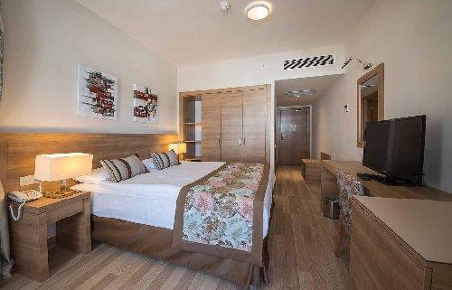 Ramada Resort Lara 5*