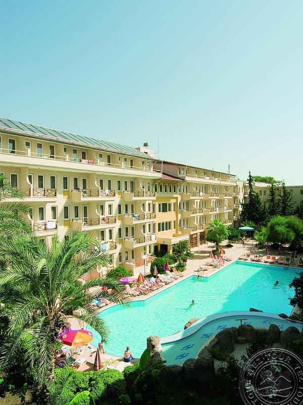CLUB HOTEL BELPINAR 4 *