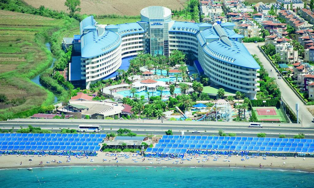 Crystal Admiral Resort Suits and Spa 5*